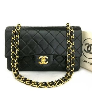 Like-New CHANEL Classic Medium Leather Double Flap Chain Bag